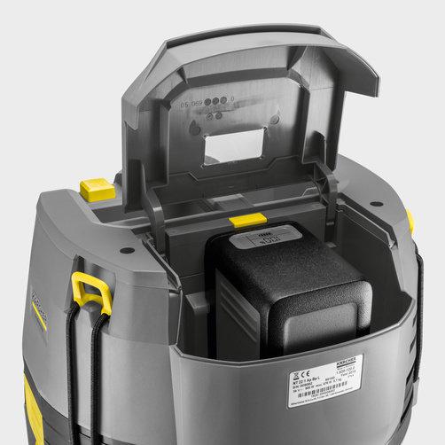 Пылесос влажной и сухой уборки NT 22/1 Ap Bp Pack L: Эффективная защитная крышка аккумуляторного отсека