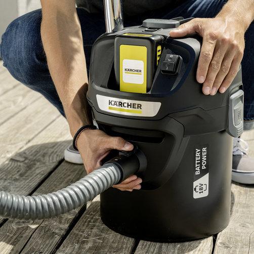 Пылесос для золы AD 2 Battery Set: Негорючие конструктивные материалы, металлические мусоросборник и шланг (в оболочке)