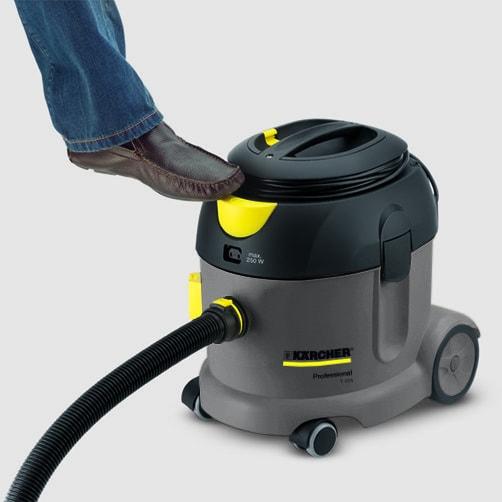 Пылесос сухой уборки T 17/1: Педальный выключатель для дополнительного удобства