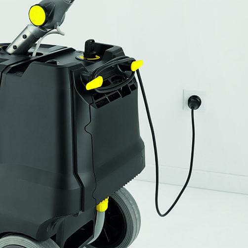 Поломоечная машина BD 38/12 C Bp Pack: Комплектация включает в себя высокоэффективное встроенное зарядное устройство